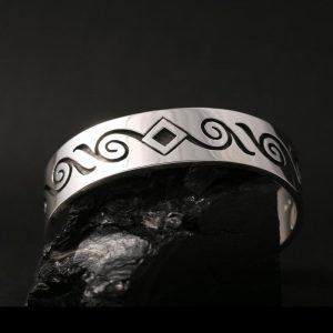 Child size bracelet by Anthony Honahny, Hopi