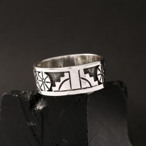 Hopi ring, size 12, by Anthony Honahnie
