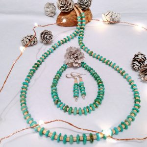 melon shell and turquoise necklace