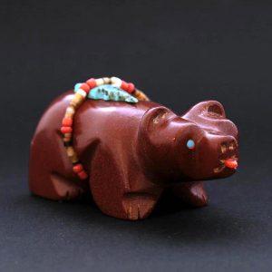 Pipestone bear (Anshe) fetish by Rodney Peyketewa
