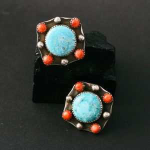 Turquoise stud earrings by Annalisa Martinez