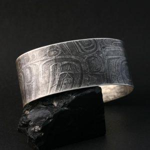Oxidised silver cuff by Gwaai Edenshaw, Haida