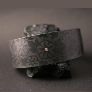Zirconium & Diamond bracelet by Pat Pruitt