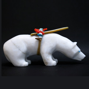 Zuni Polar Bear fetish carving