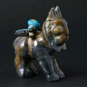 Bobcat fetish carving by Fernando Laiwakete, Zuni