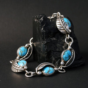 link to Native American jewellery