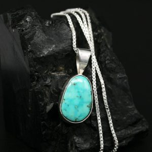 Green Turquoise pendant by Janie Chavez, Kewa Pueblo