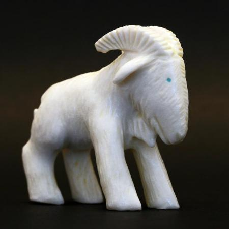 Goat fetish carving by Bryston Bowannie