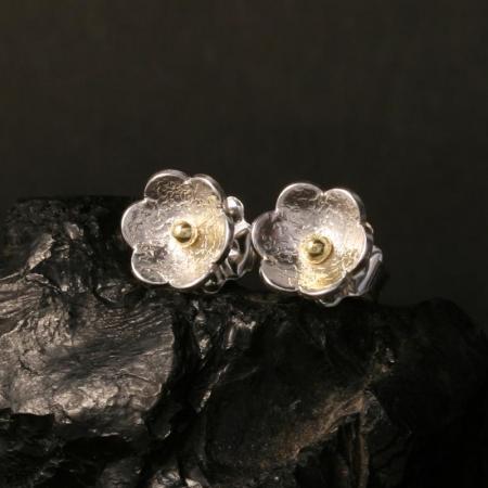 Flower stud earrings by Chris Priutt