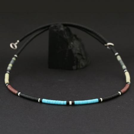 Hishi necklace by Harvey & Janie Chavez, Kewa Pueblo