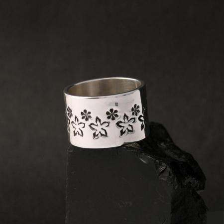 Silver ring by Jennifer Medina