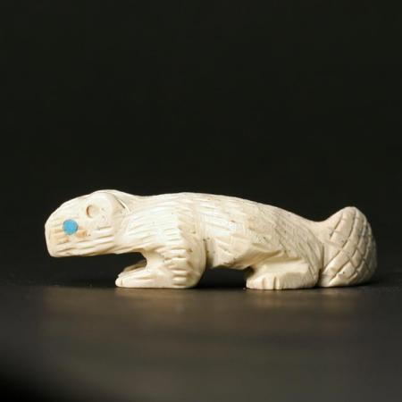Zuni Beaver Fetish Carving by Karen Zunie