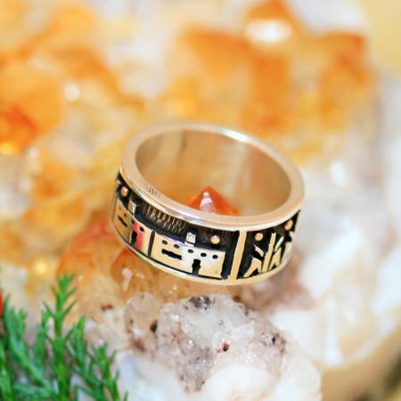 Storyteller ring by Joseph Coriz